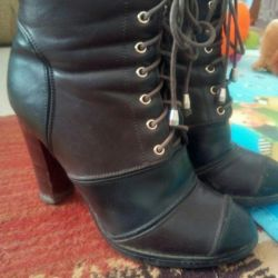 Boots / Ankle boots 37