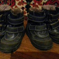 Зимние сапоги для двойни