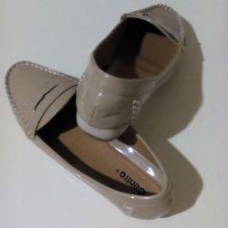 Footwear 37 times
