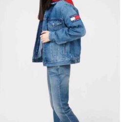 I sell a new (in package) Tommy Jeans jacket
