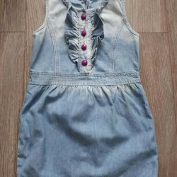 Denim dress in a state of ex. Size 4-5 liters.