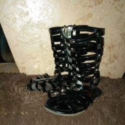 Summer boots for ?