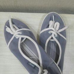 Shoes 35r