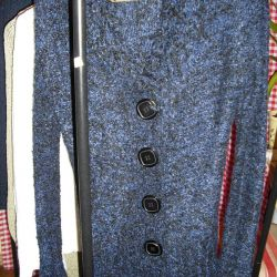 Knitted cardigans, new
