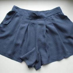 Shorts PULL & BEAR p. 44