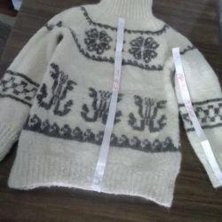 Sweater (sheepskin)