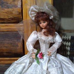 Красивая кукла невеста под реставрацию