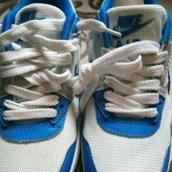 Παπούτσια νέων γυναικών, airshows, 38-39 φορές