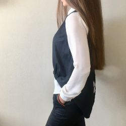 Темно-синий костюм тройка (рубашка, жилет, брюки)