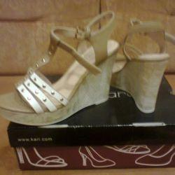 Sandale noi mărimea 38