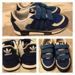 Кроссовки Adidas 29