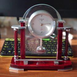 Ρολόι, σετ τραπεζιών VIRON.
