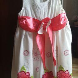 Платье р. 110 нарядное