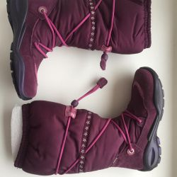Ecco boots new 30 with box