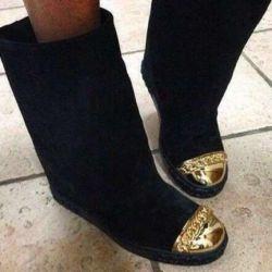 Boots Casadei