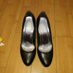 Shoes 38.5 rub.
