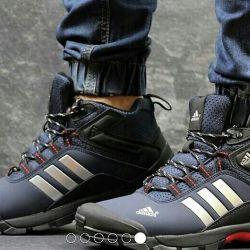 Кроссовки Adidas климапруф