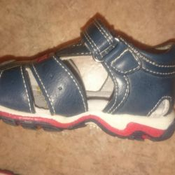 Children's sandals, size 20 as new