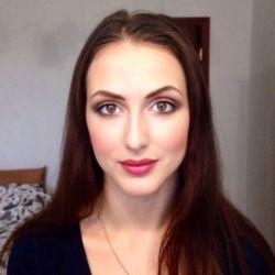 Professional makeup artist. Makeup, hairstyles