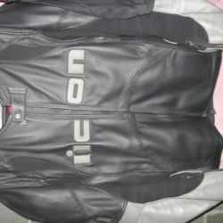 Selling a leather jacket ICON