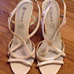 Sandals, size 39 !!!