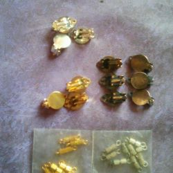 Clasps of beads and earrings