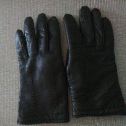 Новые зимние кожанные перчатки.