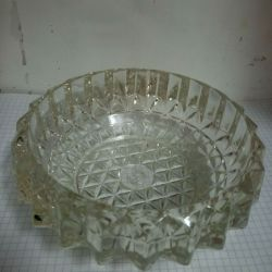 Scrumieră, sticlă, fabricată în URSS.