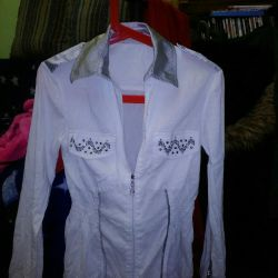 Блуза с шелковым принтом.