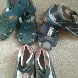 Footwear for the boy size25,26,30,31