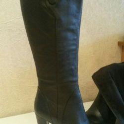 Νέες μπότες