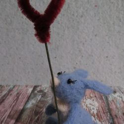 A toy dumped from a wool - a love hare