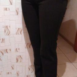 Чeрные брюки