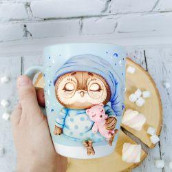 Decor of custom made mugs made of polymer clay. Owl
