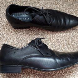 Pantofi pentru bărbați 39