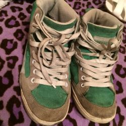 Sneakers size 35 suede