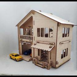 Унікальний будиночок з гаражем для машин і ляльок