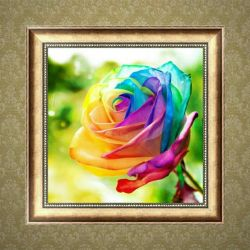 Mozaic de diamant. Trandafir colorat