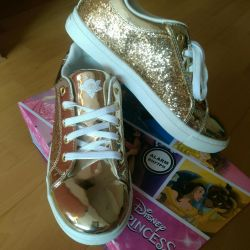 Sneakers shoes sneakers New 38 gold color