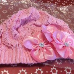 Καπέλο και κασκόλ για νέα κορίτσια