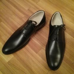 Leather shoes new 42r