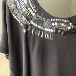 Karen Millen tarafından yeni elbise (Londra)