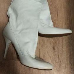 Baldinini white leather boots