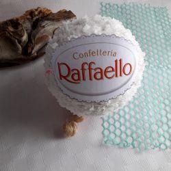 Raffaella Very Large Candy