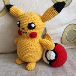 Pokemon ve Pokéball