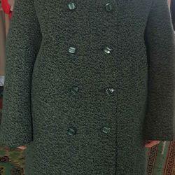 Women's coat, new, p.48, height 164-170, wool