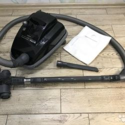 Vacuum cleaner with dust collector bork (bork) VC shgr 9821 BK