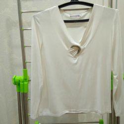 νέα ελαφριά χαριτωμένη μπλούζα μεγέθους 48-50