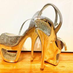 Босоножки женские. Туфли.