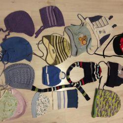 Детские шапочки, варежки